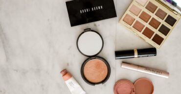 5 Ways To Make Money As A Beauty Vlogger 1
